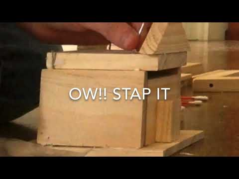 How to build a wooden piggy bank