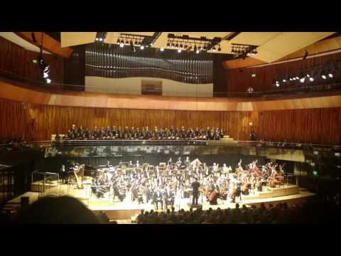 Carmina burana coro polifónico nacional orquesta qingdao china CCK
