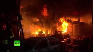 В Бангладеш более 80 человек погибли в результате пожара в жилом доме