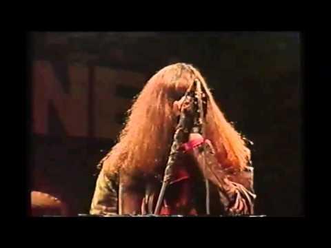 Music video Ramones - I Wanna Live (Live)
