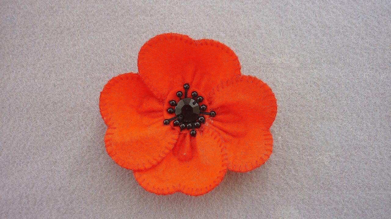 Make A Beautiful Summer Poppy Flower Diy Crafts Guidecentral
