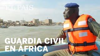 Un día con la Guardia Civil en una ciudad de África | Planet