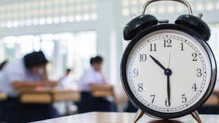 Phụ thuộc công nghệ số, nhiều học sinh Anh không biết xem đồng hồ kim   VTC14