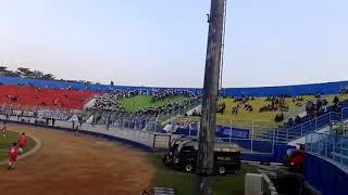 Download Mp3 Aremania Bikin Satu Stadion Mlongo Dengan Karya/koreo Nya