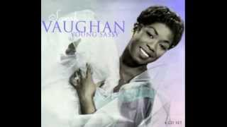 Sarah Vaughan - Button Up Your Overcoat