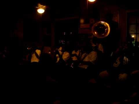 Survivors Brass Band på Preservation Hall  III