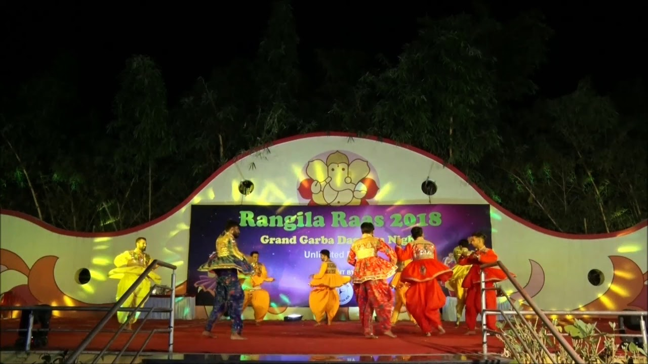 Taruna Rathod n group performance during Rangila Raas 2018