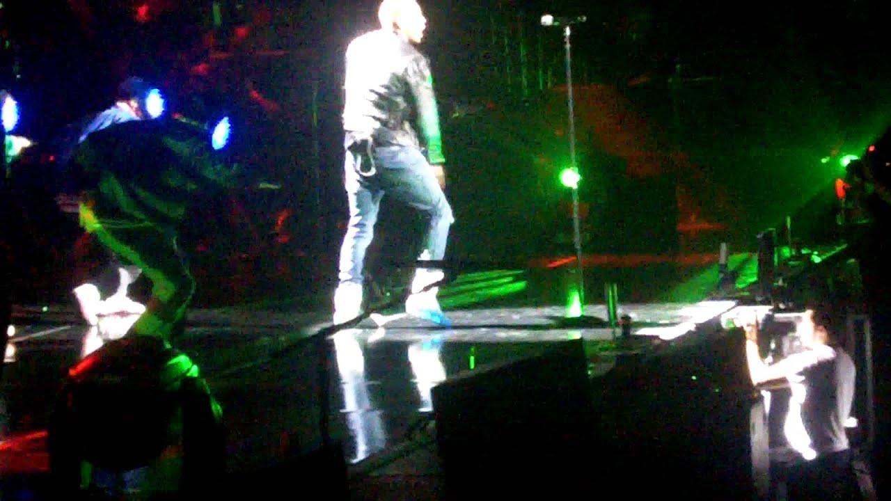 Chris Brown Marty McFly Back To The Future Kicks - YouTube a3b3d722e