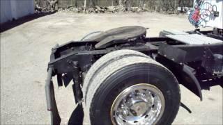 2000 International 8100 DayCab Semi Tractor Cummins