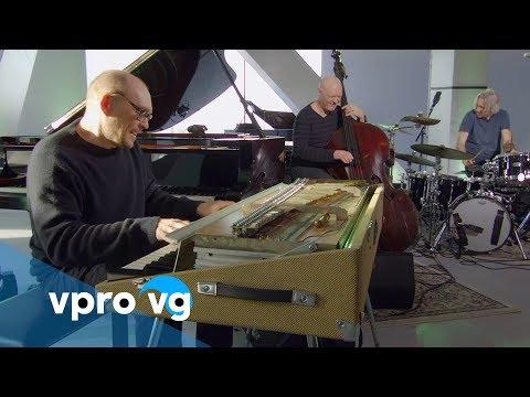RYMDEN - Pitter-Patter (live @TivoliVredenburg) Mp3