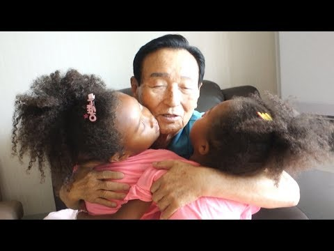Korean Great Grandparents Reaction To Blasian Great Granddaughters | 2019 South Korea Vlog #2