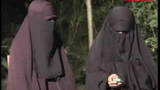 Video Eksklusif Istri Dua Tersangka Teroris Aris Dan Hendra