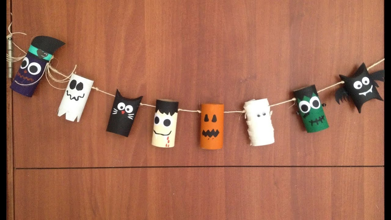 Especial de halloween banner con rollos tubos de papel for Decoracion de halloween