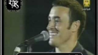 بالفيديو| كاظم الساهر يسخر من أغنيته «علمني حبِك»