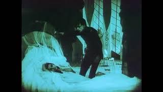 Żeńska Forma - Somnambulist, The Cabinet of Dr. Caligari (1920) by Robert Wiene.