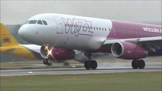 Early Morning Rush at London Luton Airport   20/08/15
