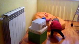 Часть 2 Услуги Сантехника!(Ребенок перекрывает воду :-), 2013-04-11T11:25:05.000Z)