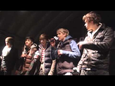 One Direction Chasing Cars  Homecoming