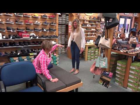 Win A Mother Daughter Shoe Shopping Date At Red S Shoe Barn