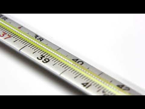 Как держать градусник под мышкой правильно?