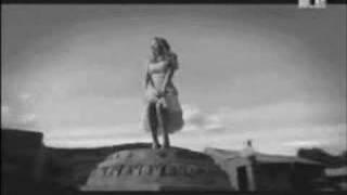 Mariah Carey - Slipping Away