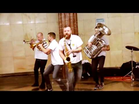Lady - Groovejet (If This Ain't Love) - Sing It Back (Brevis Brass Band Cover)