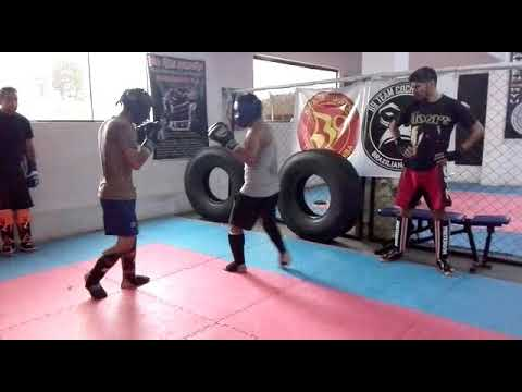 René vs Enoc|| Kick boxing(2)