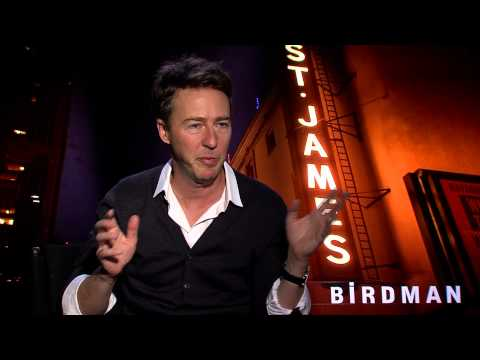Edward Norton: Cell phone cameras have made people incredibly rude (BIRDMAN)