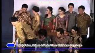 Shireen Sungkar Diapit Teuku Wisnu & Adly Fairuz - CumiCumi.com