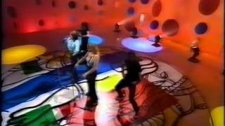 Bananarama - Venus (live on In Melbourne Tonight) 1997