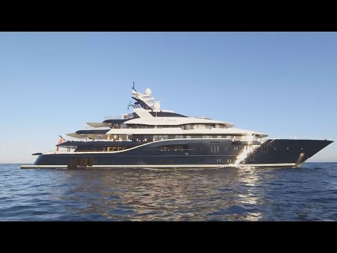 $200 Million Dreamboat | Secret Lives Super Rich | CNBC Prime