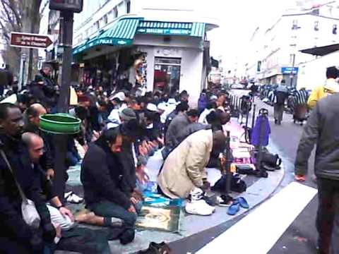 Islamisation de Paris - Noël à Barbès (25 décembre 2009)