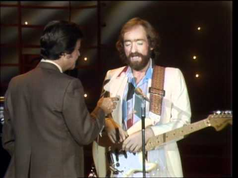 Dick Clark Interviews Dave Mason - American Bandstand 1980