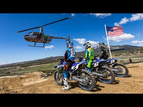 Dirt Shark - Blue Bird (Villopoto, Plessinger, Cooper)