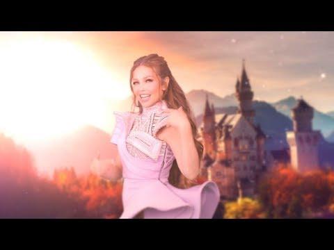 Смотреть клип Thalia - Vikingo