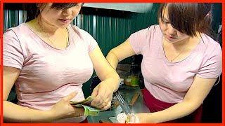 STRAWBERRY CHEESE COMBO - ICE CREAM ROLLS DESSERT STREET FOOD IN VIETNAM