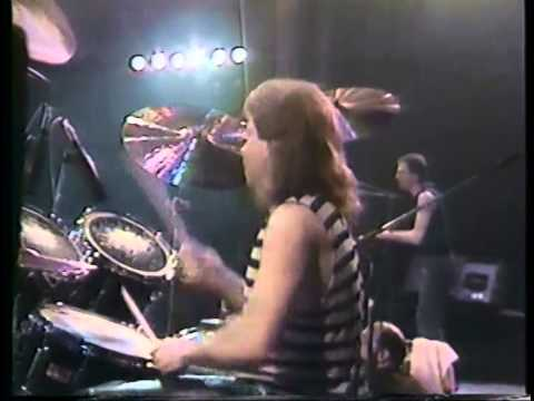 Ronnie Wood & Bo Diddley - Tokyo, Japan, Nakano Sun Plaza Hall, 7th March 1988