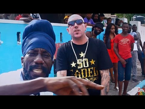 Blizz feat. Sizzla - Party Time [Official...
