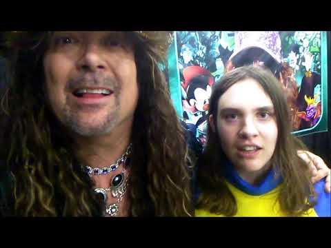A happy fangirl sings Bohemian Rhapsody with Jess Harnell @ Salt Lake Comic Con!