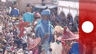 Video Morocco's Gnaoua music festival gets underway download MP3, 3GP, MP4, WEBM, AVI, FLV Agustus 2018