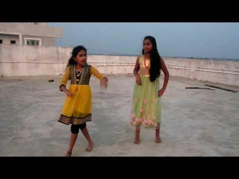 Divvi Divvi Divvitam song done by Mahima & Preethika