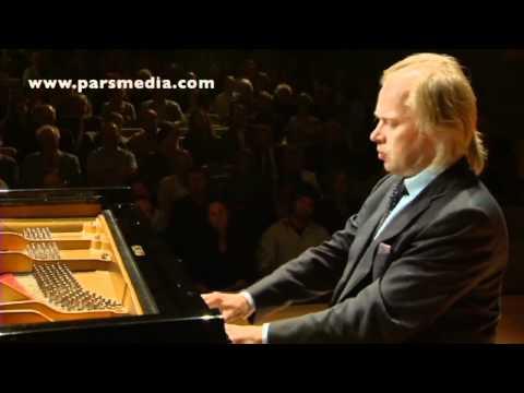 Legato -- The World of the Piano -- Roland Pöntinen -- Recital