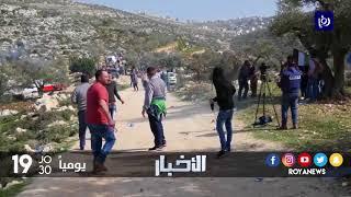 مواجهات بعد دفاع الفلسطينيين عن ارضهم في وجه المستوطنين في المزرعة الغربية - (9-2-2018)