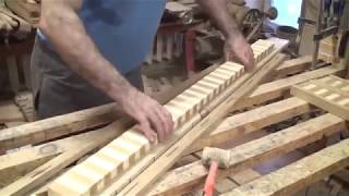 видео Встроенная кухня своими руками: как сделать ее поэтапно