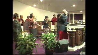 "Heart Of God Ministries Praise Team singing "" Can"