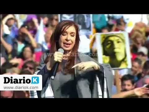 Cristina en Mar del Plata disparó contra Macri que estaba a unas cuadras de su acto