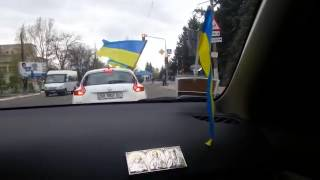 Луганская обл    Ровеньки    видео 2 3(, 2014-04-28T22:53:51.000Z)