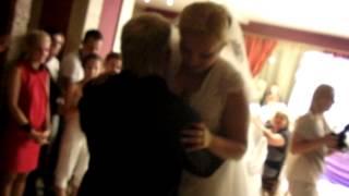 Свадьба в Жодино . Бросание букета и подвязки