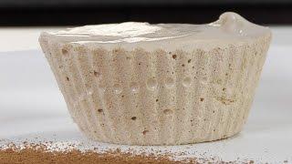 Белковый крем на желатине видео рецепт(Белковый крем на желатине Желатин заливаем холодной водой. Даем набухнуть. Сахар растворяем в воде и доводи..., 2014-10-16T16:00:04.000Z)