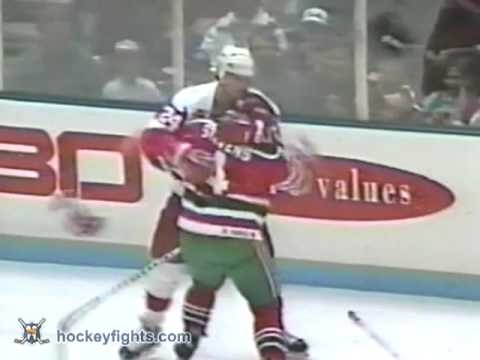 Bob Probert vs Scott Stevens Jan 25, 1992